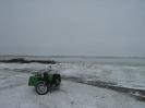 Мотоцикл на берегу
